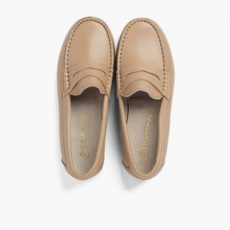 Boys´ leather moccasins with detail mask Beige