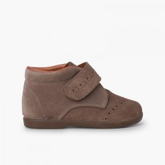 Little boys bootie with adherent strap Taupe