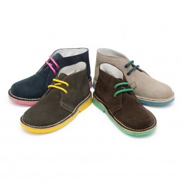 Safari Desert Boots with Coloured Laces