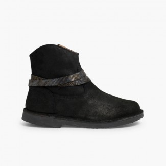 Low boots with snakeskin trim Black
