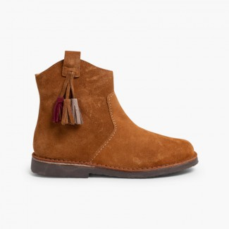 Boots with tassels and zips Tan
