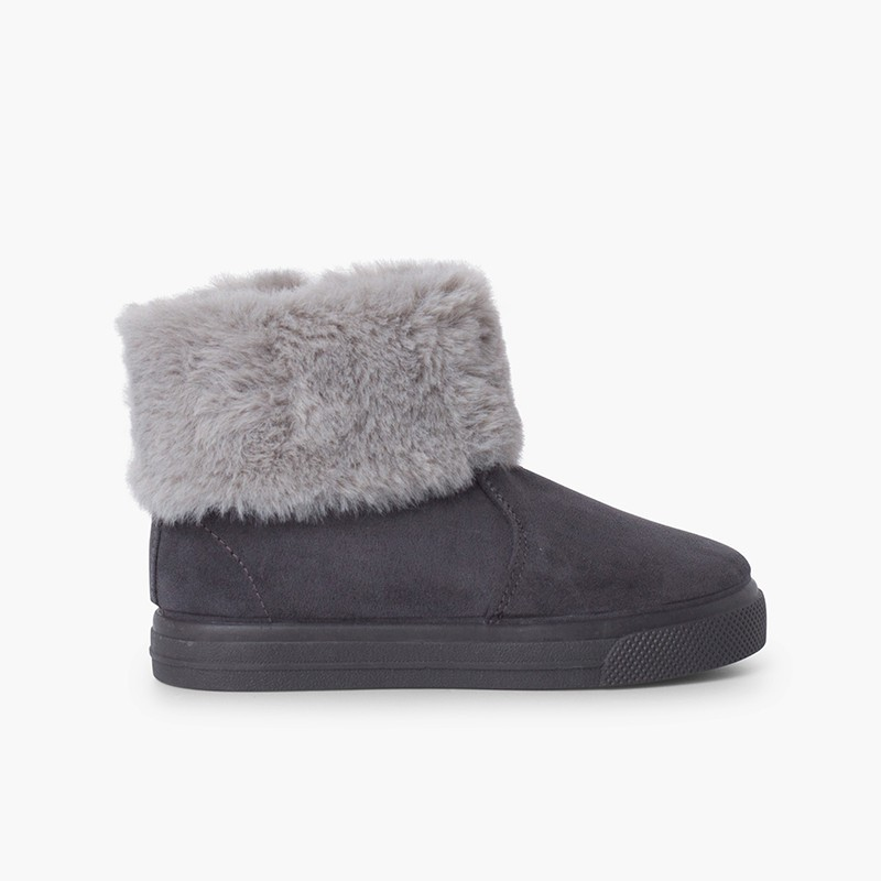 Girls cowl neck fur boots