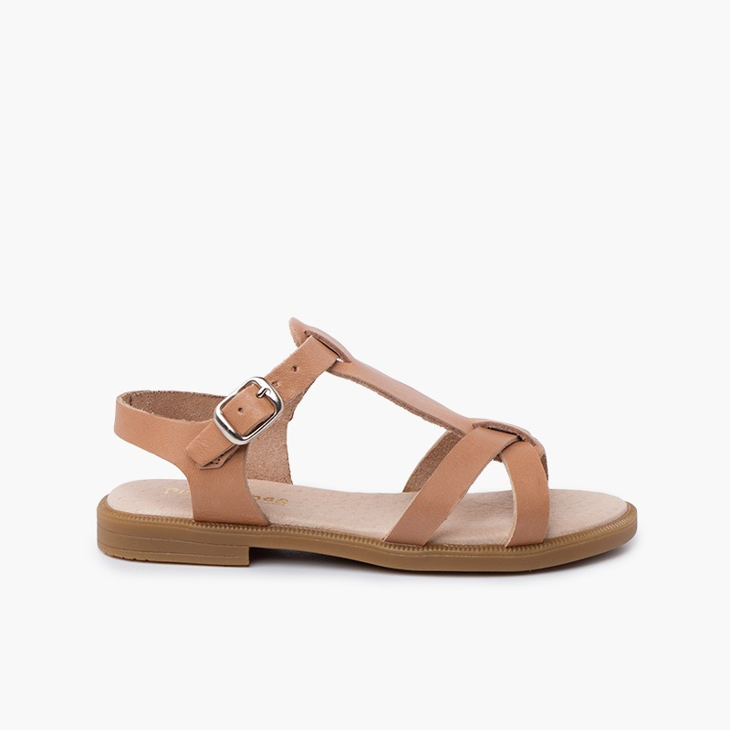 Girl leather sandals with buckle closure straps