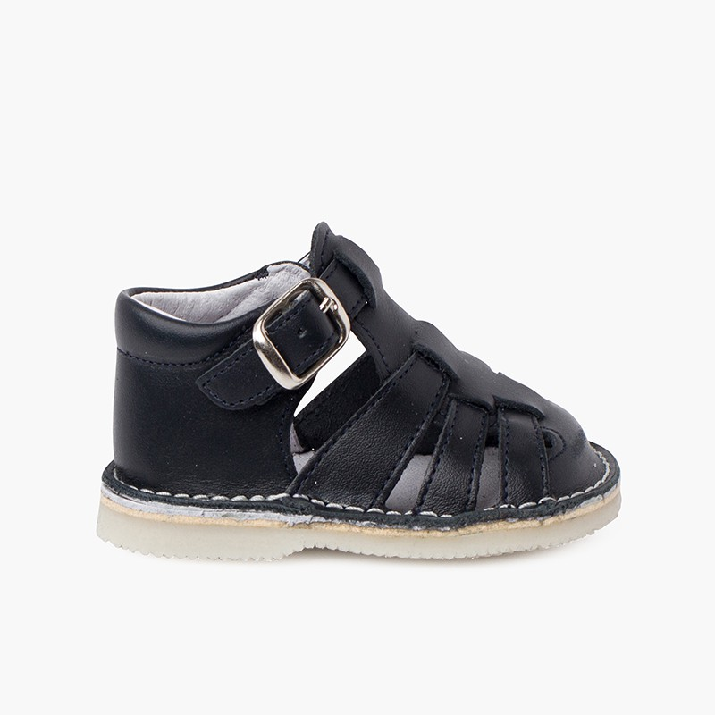 Baby leather sandals with buckle closure
