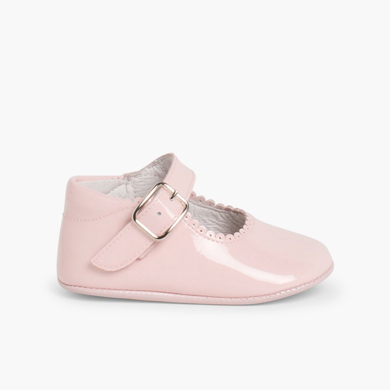 Patent leather Mary Janes for babies with buckle Pink