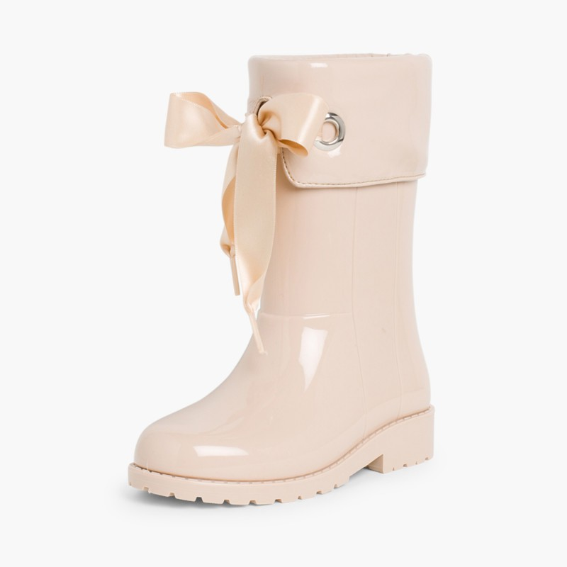 Patent style Wellies for girls by Igor Beige