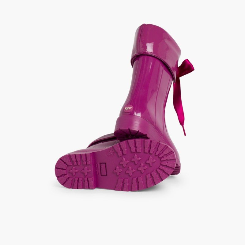 Patent style Wellies for girls by Igor Aubergine