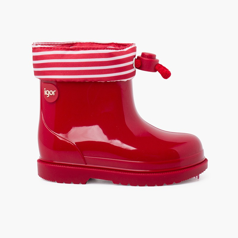 Adjustable rain boots with striped collar
