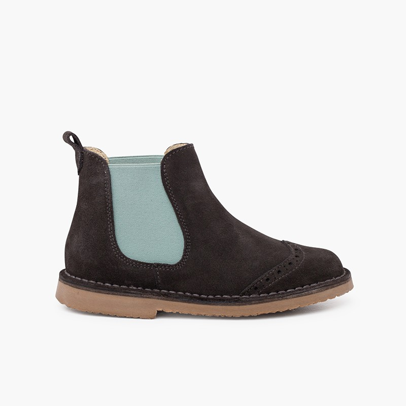 Side stretch chopped chelsea boot