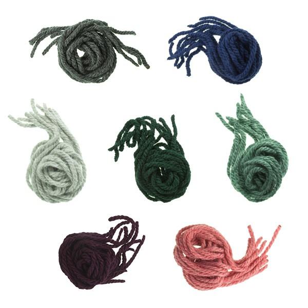 Hair strands for girls in monochrome wool