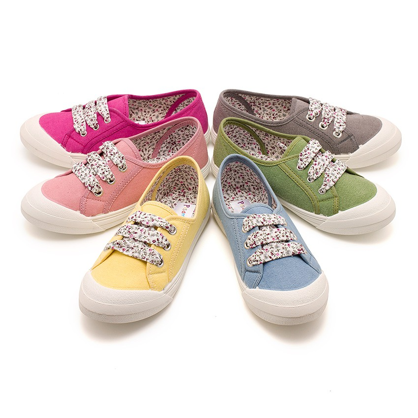 Lace-Up Rubber Toe Cap Canvas Trainers